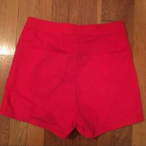Shorts - Red high-waisted shorts